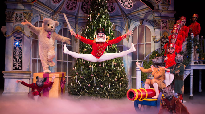 Read what the press are saying of the highly anticipated Aspen Santa Fe Ballet's The Nutcracker